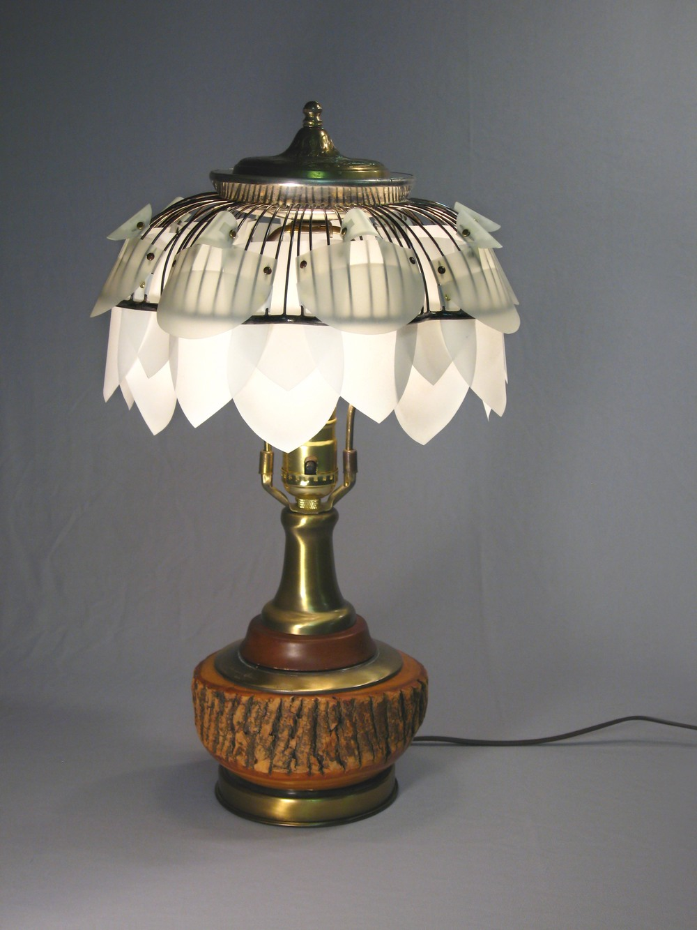 tree_lamp copy.jpg