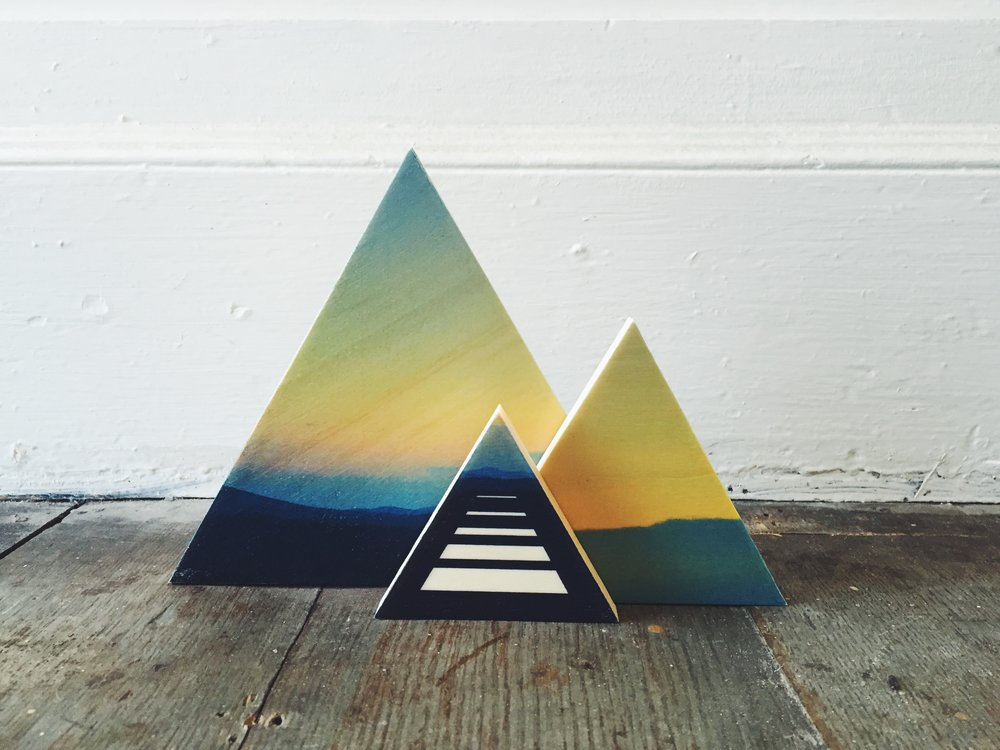 Mountain Sunset Triangle set