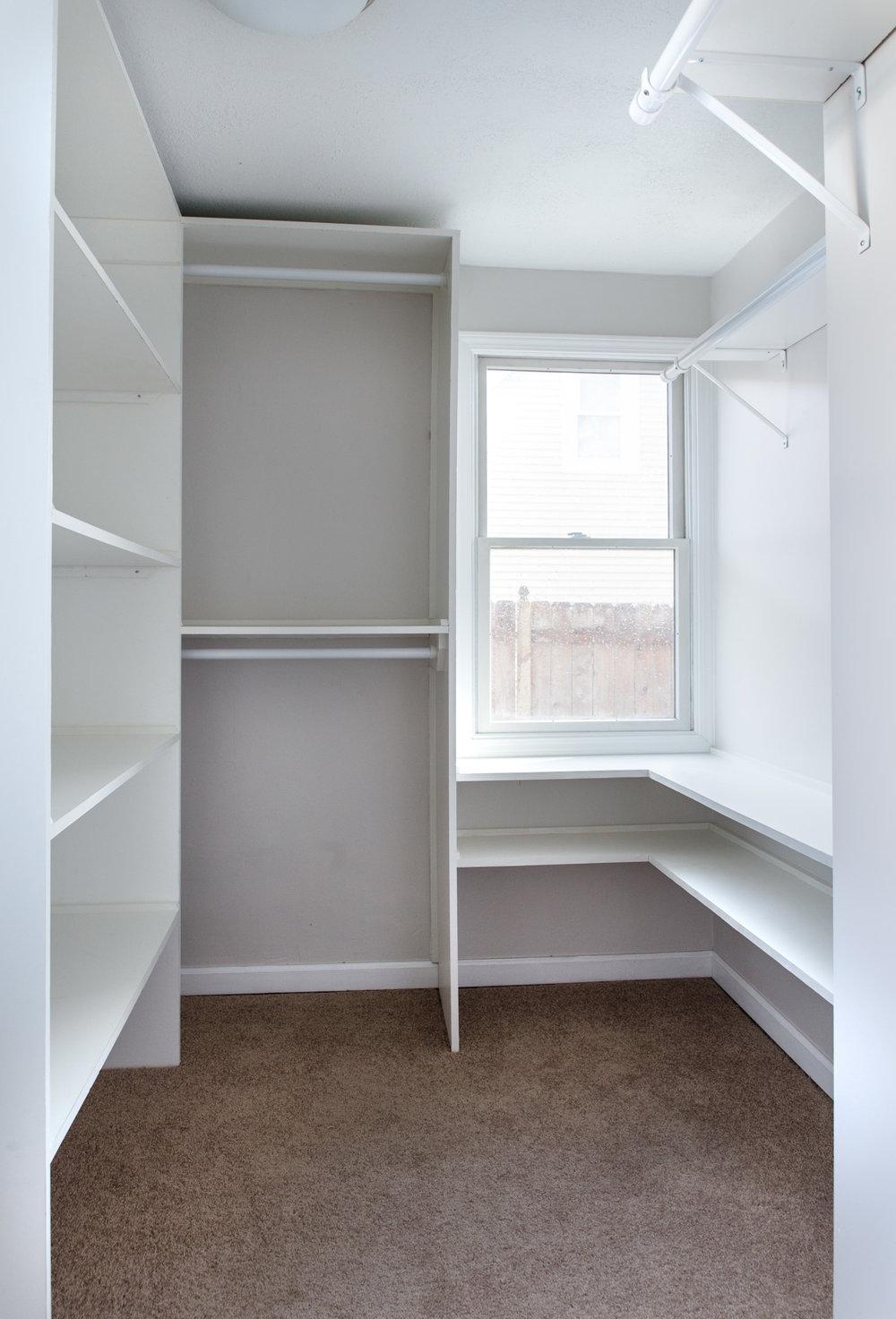 walk-in_master_closet