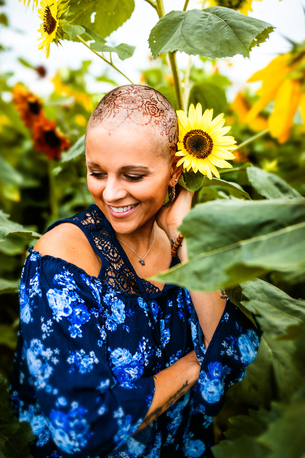 Steph_Sunflowers-3.jpg