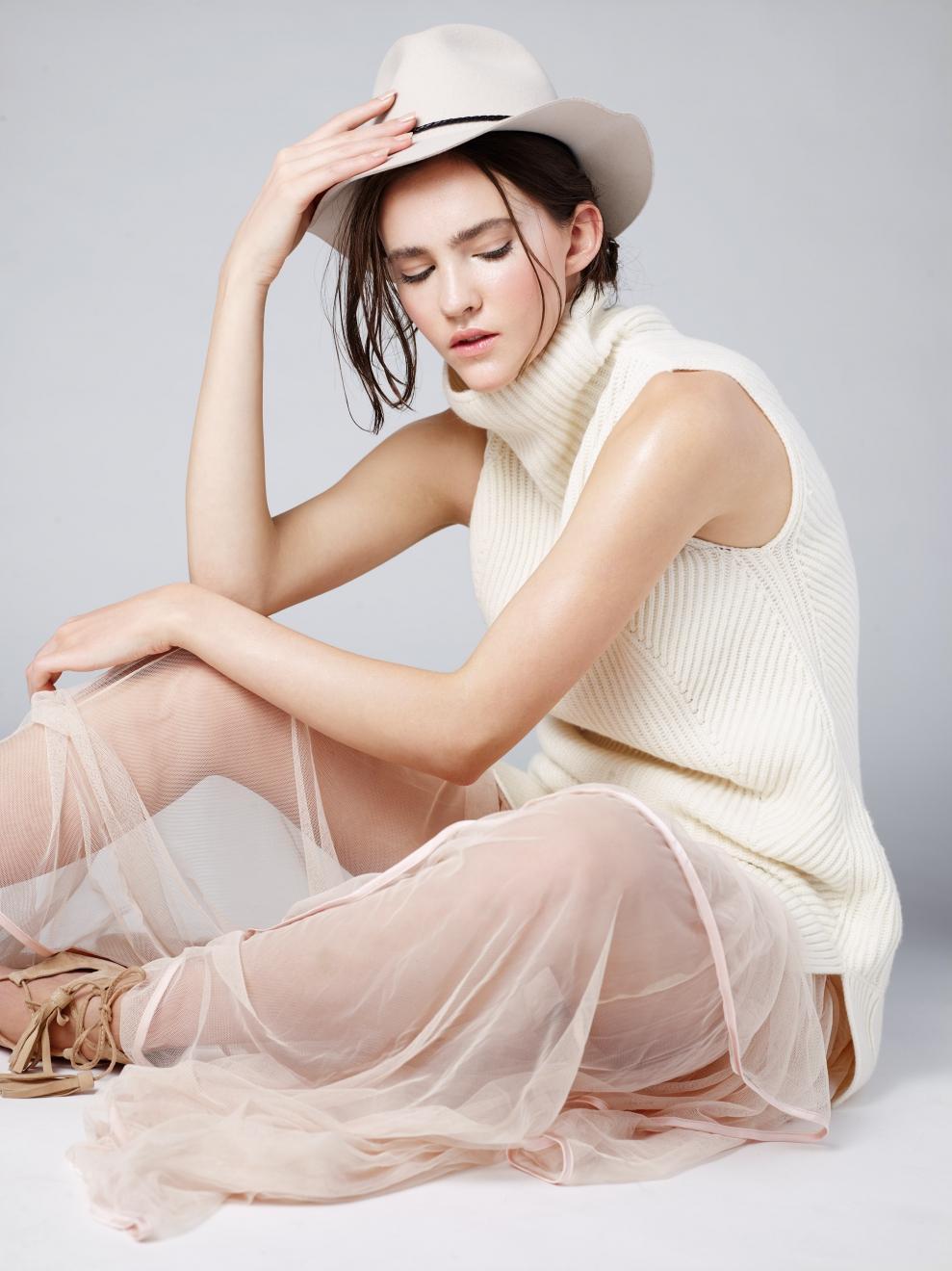 Margarita_Lizbell-Agency_Model-Vancouver_-Modelling-Agency-5_1070x1320.jpg