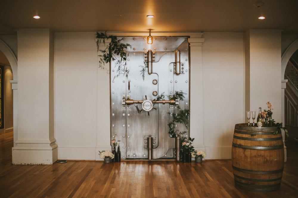 29-permanent-vancouver-wedding-courtneysteven-web-7633.jpg