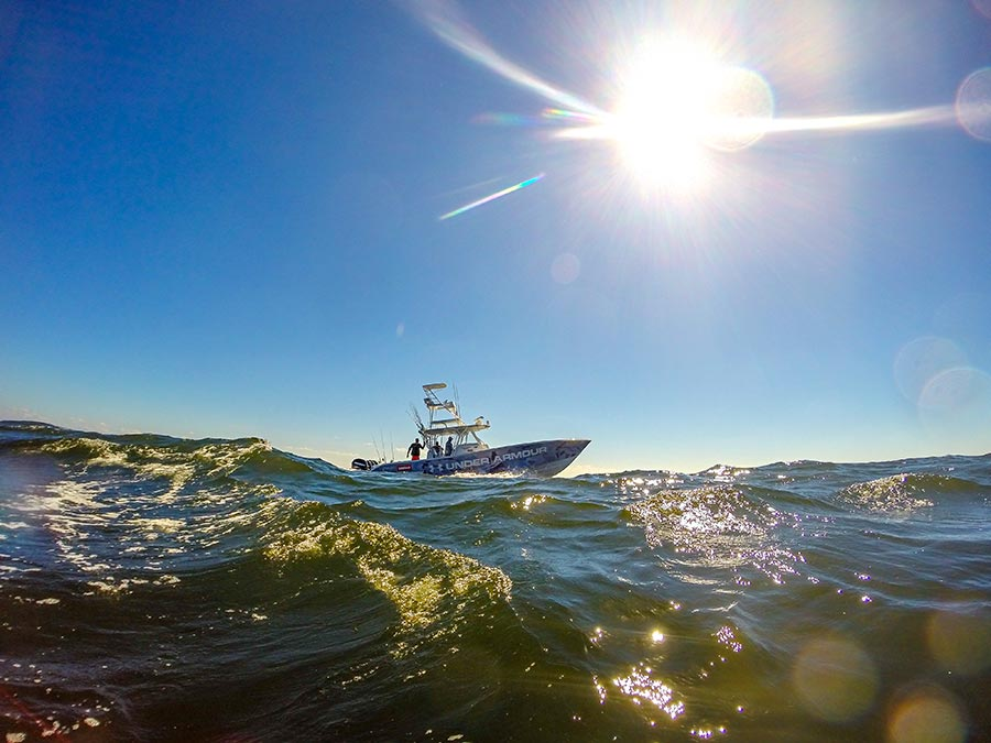 getting ready to pull up to the first cobia rig. gopro hero3+, f2.8, 1/2500 sec,