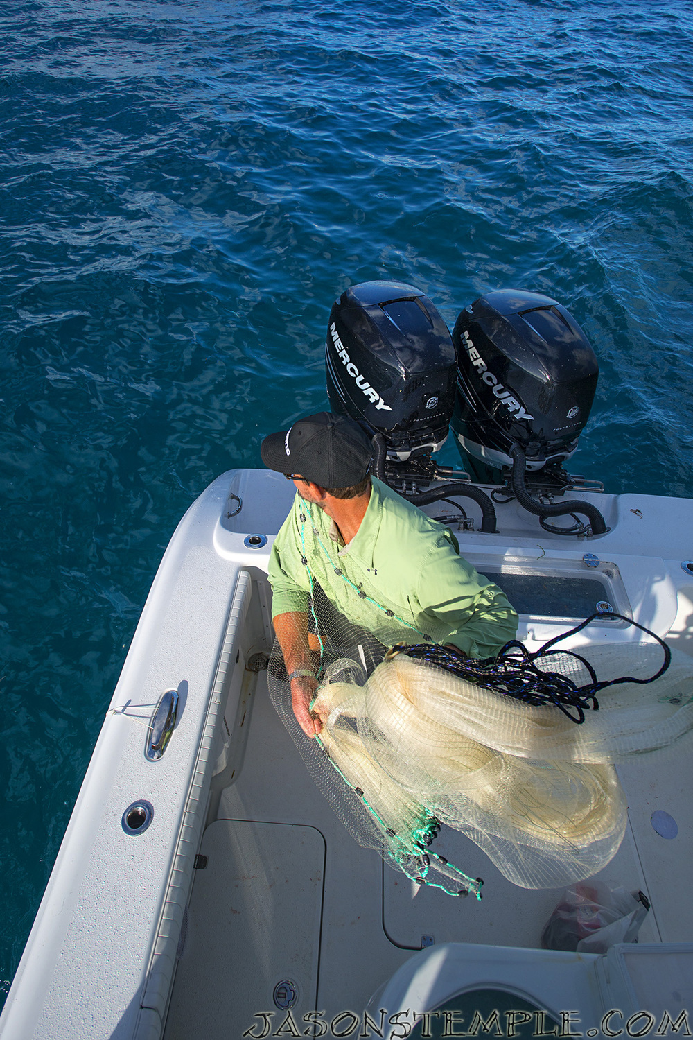 How to throw a cast net into the blue fishing blog for Throw nets for fishing