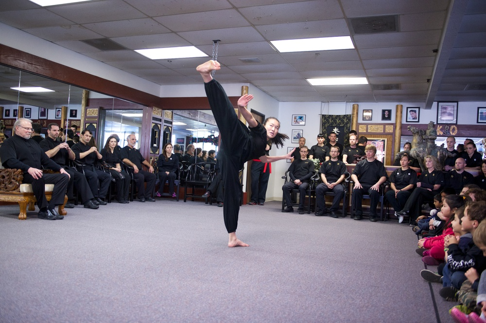 2013-12-22_AD Black Belt-162.jpg
