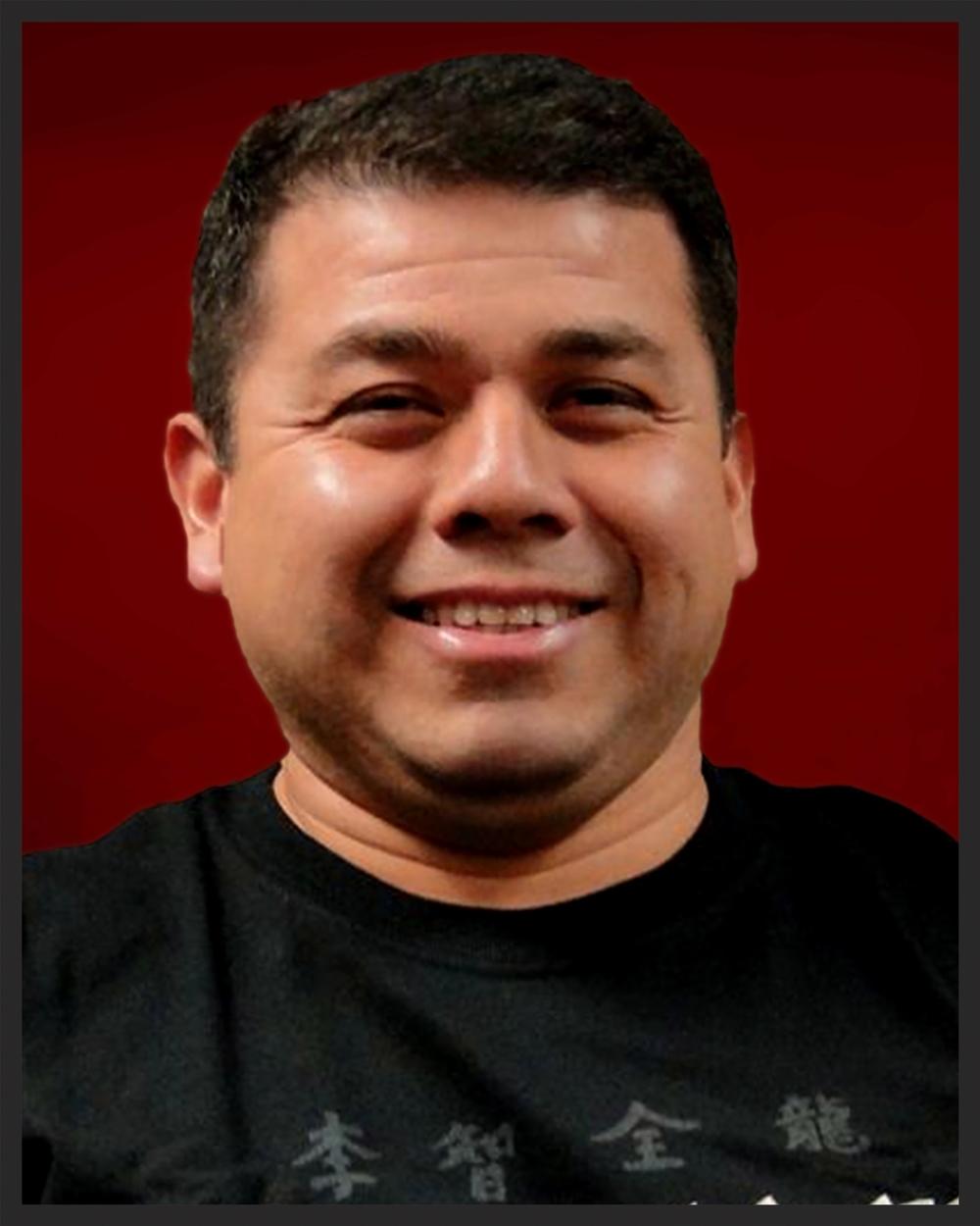 Dennis Saenz Level B