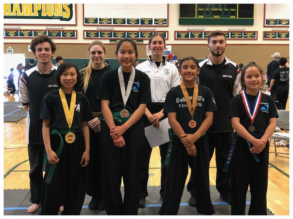 Danica Pham with her fellow competitors at the IBFDA Spring Tournament, 2018