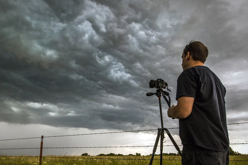 storm chase tours