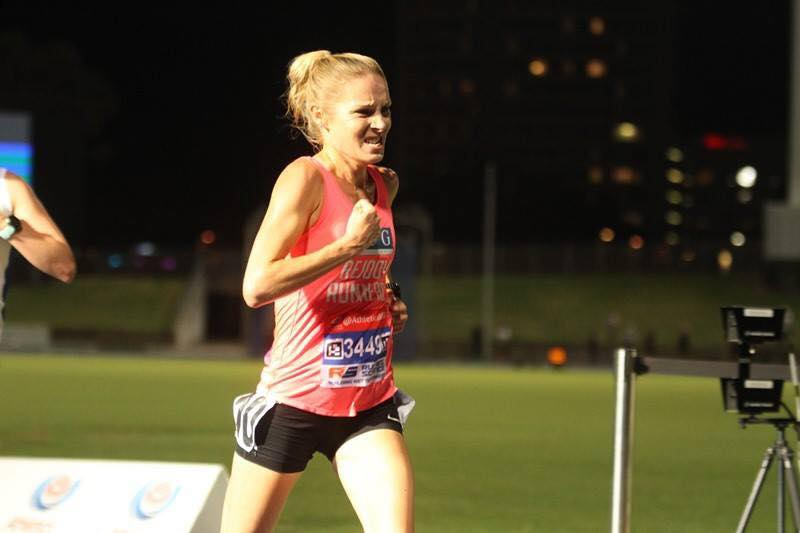 Erika Jordan on her way to a 5000m track pb Feb 2017