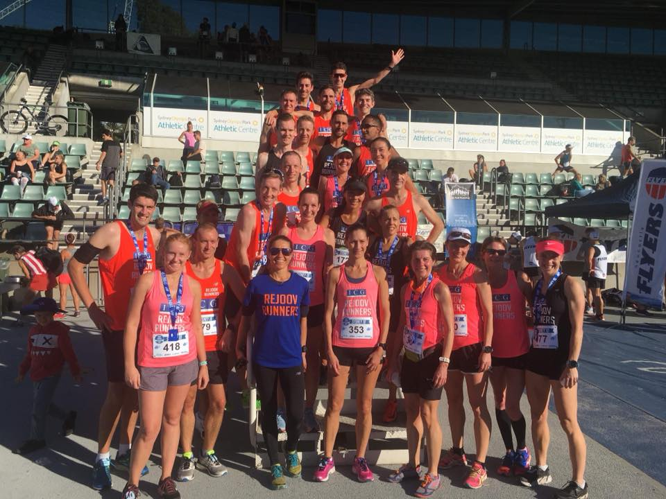 Sydney 10k big group 2018.jpg