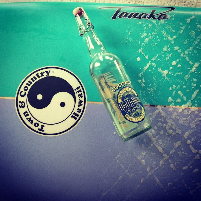 It's a great aloha Friday thanks to the the good folks at @tandcsurf !  Have a great weekend everyone. #hawaii #surf #islanddistillers #vodka