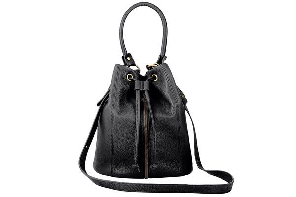 bag_premonition_black_front_grande