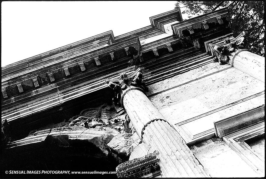 Roman-Arch-me.jpg