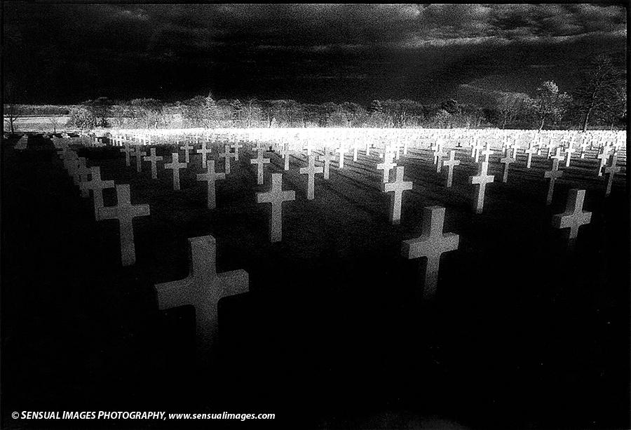 US-Cemetery2-me.jpg