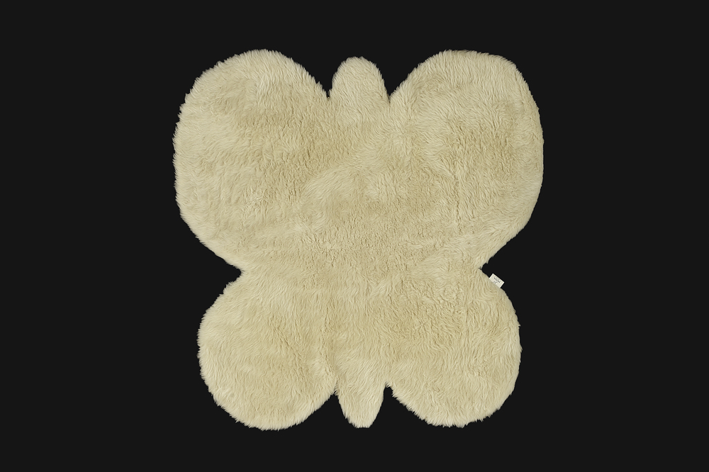 - Short Pile Rug - Beige - Butterfly Shaped