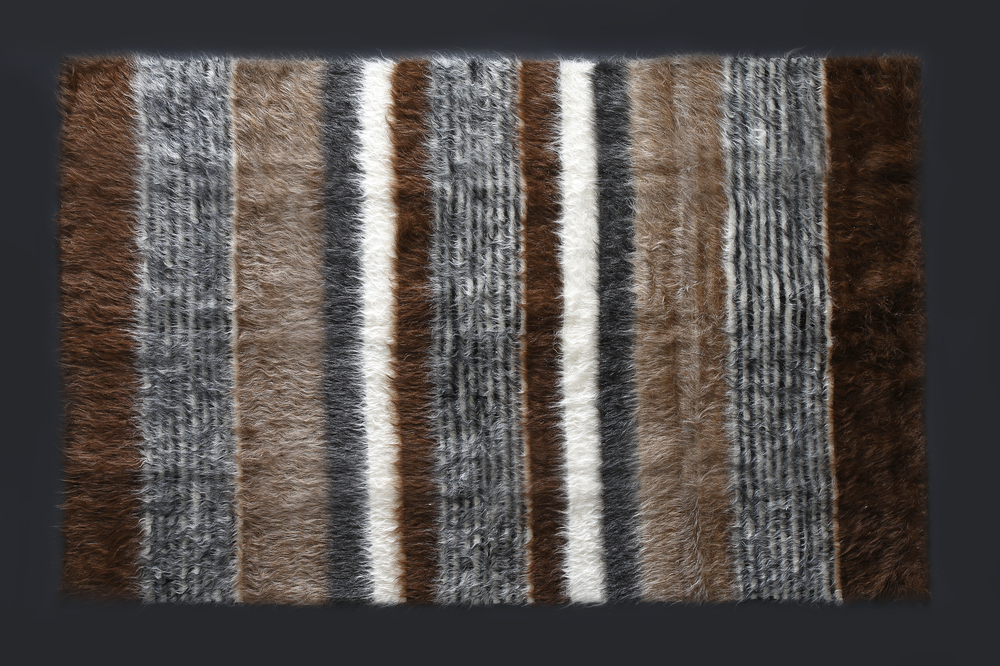 Rug of Mohair of Angora goat - Stripe 4