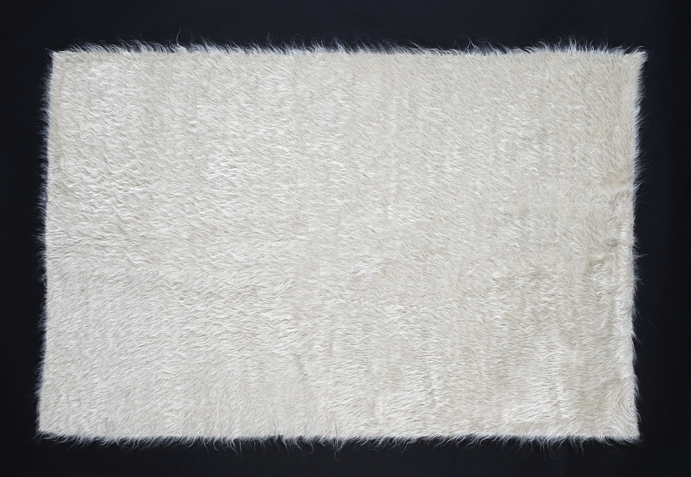 Rug of Mohair of Angora goat - White