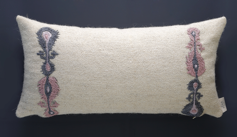 Cushion of Mohair of Angora goat -   Ikat