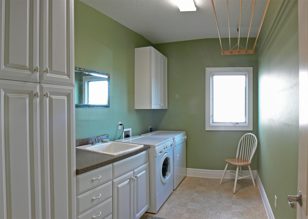 laundry-room-1200pxl.jpg