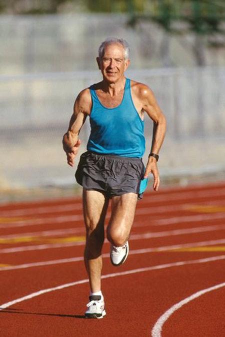 senior_runner1.jpg