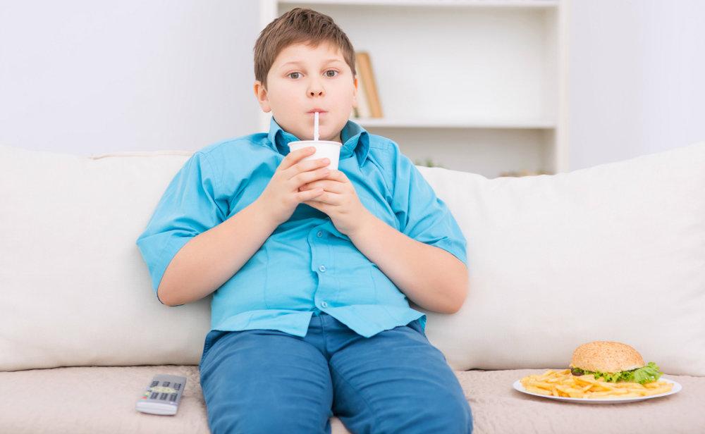 obesidad-infantil-ninos-sobrepeso-menu-universal.jpg