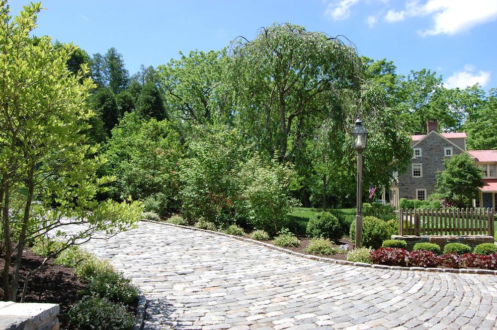 antique belgian block cobblestone driveway
