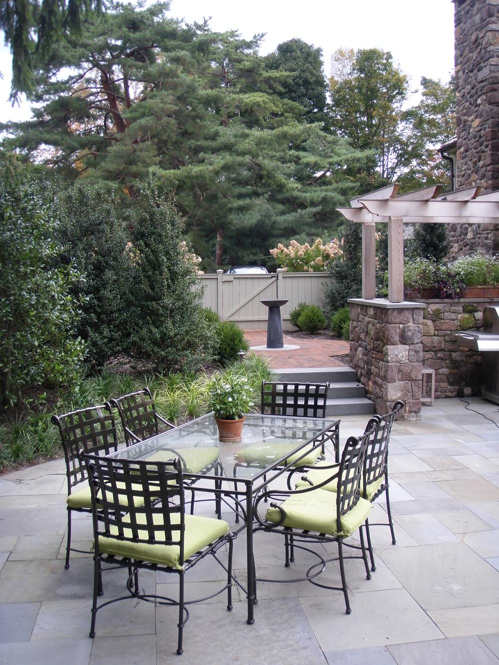 bluestone patio outdoor kitchen arbor