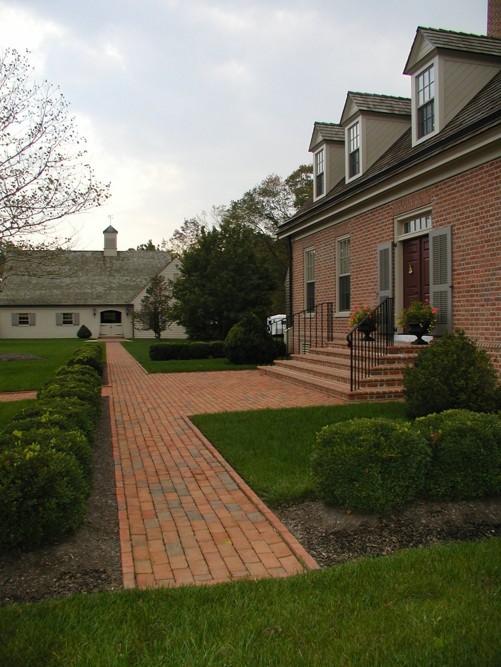 lightfoot house colonial brick walkway