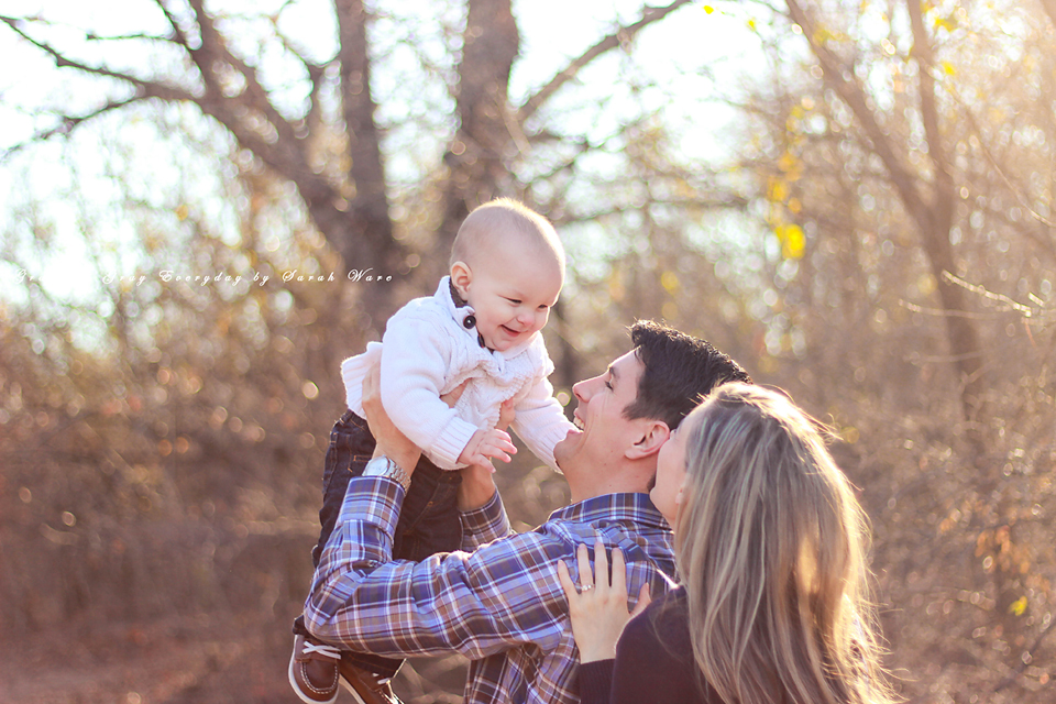 Arbor Hills Nature Preserve, Plano Texas,Family Session with one year old.