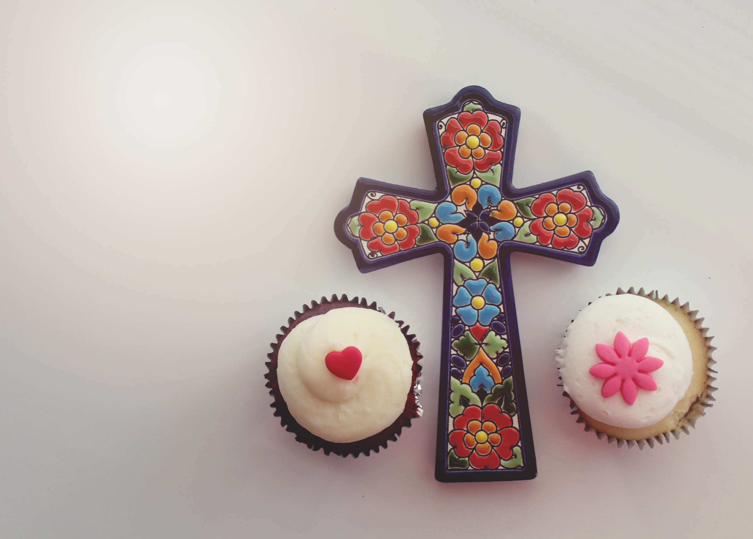 Have your spirituality and eat your cupcake, too.