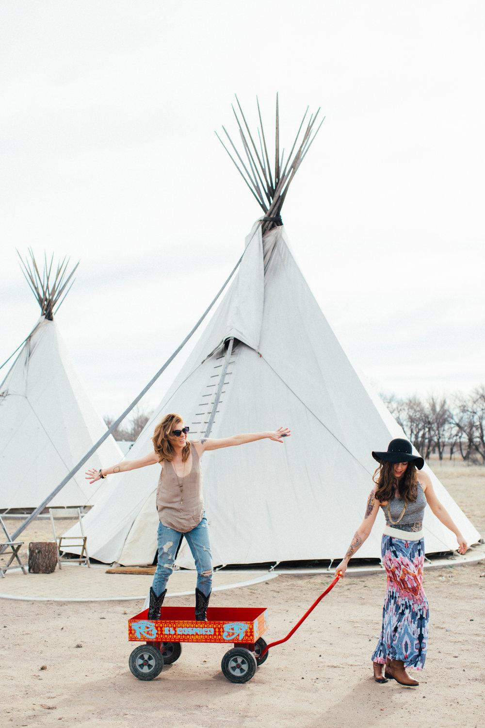 Marfa Texas Day 1 Chloe and Ashley 2015-16.jpg