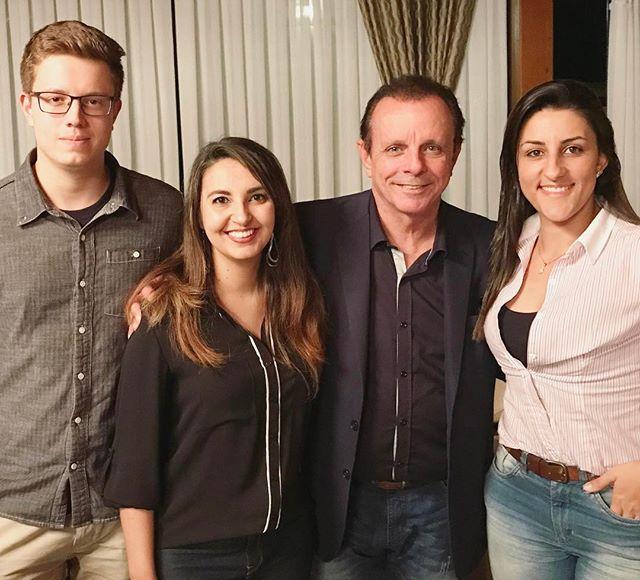 Na noite de hoje, nossa equipe prestigiou o evento da Rádio Guararema onde contou com a presença do César Souza! Uma noite de muita informação e networking 🔝#allpublicidade #representandoaagencia