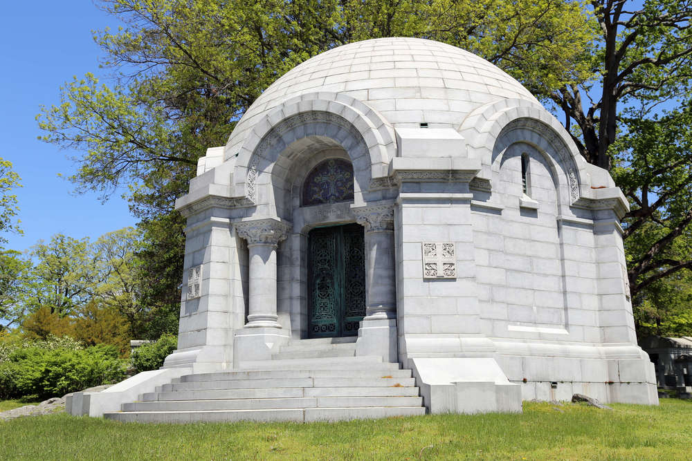 Tomb of  John Dustin Archbold  (1848–1916), a director of the Rockefeller's Standard Oil Company.