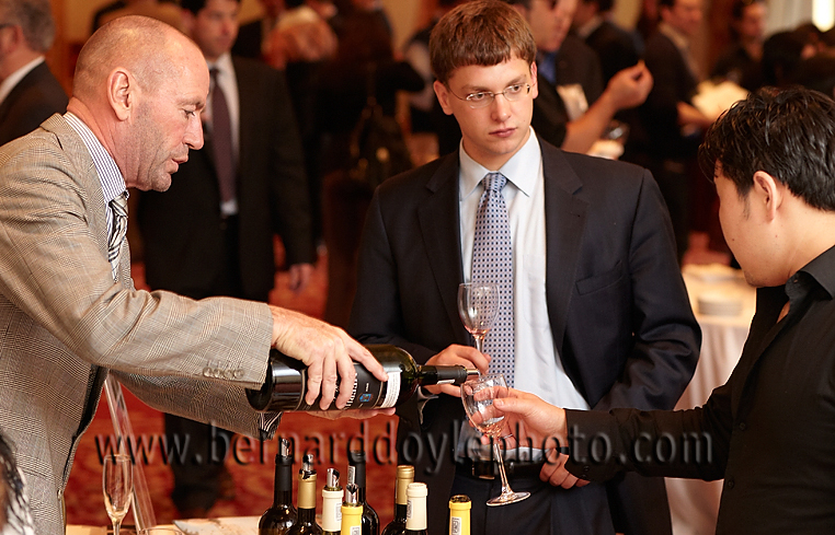 Hannes Myburgh of Meerlust at Maison Marques & Domaines event    ©2011   www.bernarddoylephoto.com