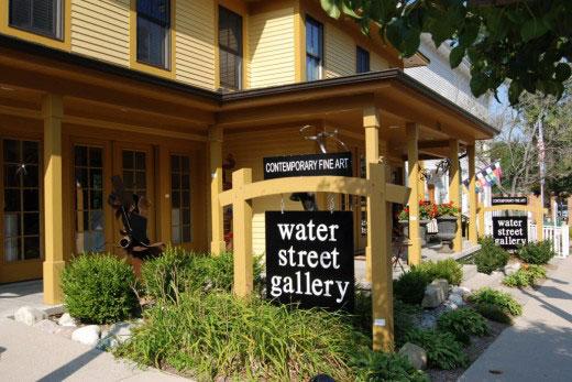 water-street-gallery-1030x689-520x347.jpg