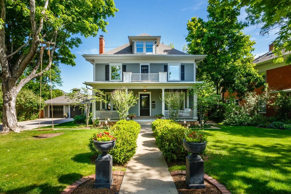 933 Mapleton - $5,050,000 - Seller Side
