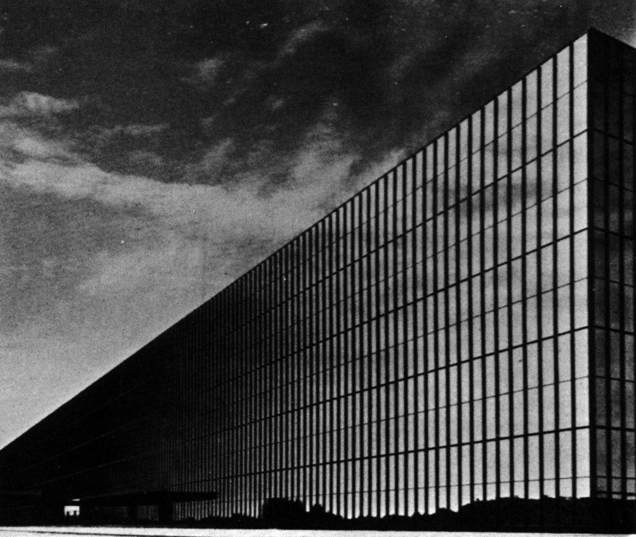 archiveofaffinities :      Eero Saarinen and Associates, Bell Telephone Laboratories, Holmdel, New Jersey, 1959- 1962