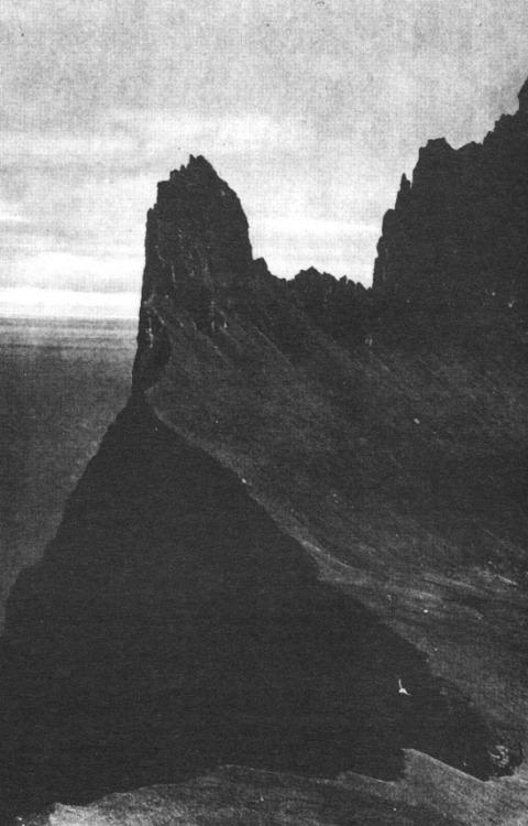 cacophagy :     Roni Horn, Hornbjarg, Iceland