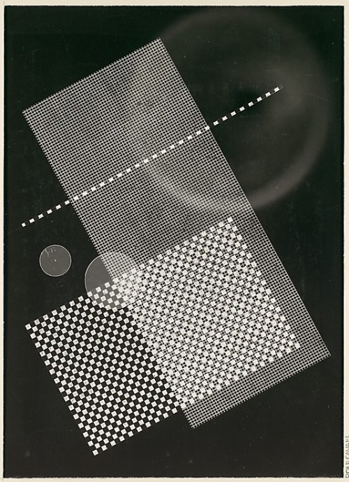 anticipatedstranger: [Photogram: Screen, Circular Forms] / Rolf Cavael