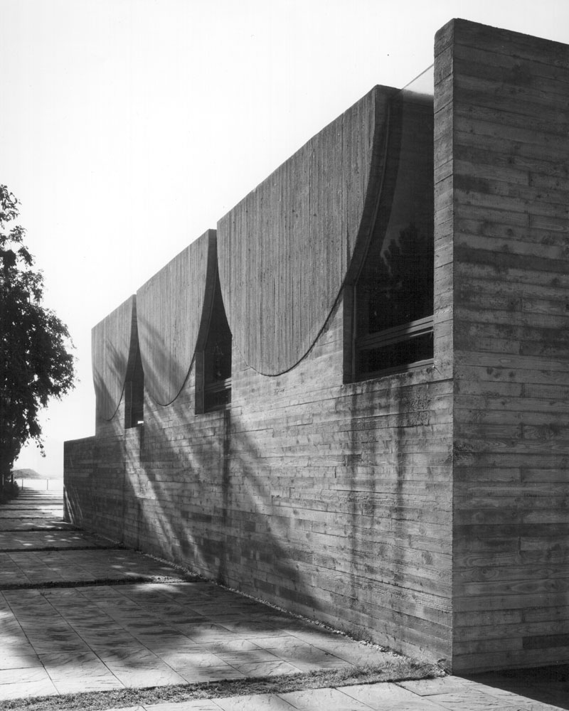 germanpostwarmodern :     Mortuary (1968-69) in Düren-Merken, Germany, by Wolfgang Meisenheimer