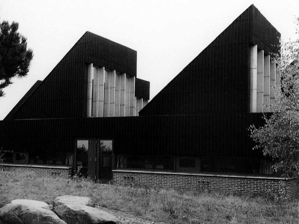 germanpostwarmodern :     Secondary School (1977) in Silkeborg, Denmark, by Friis & Moltke