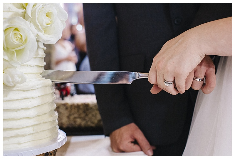 cake cutting - san antonio wedding photographer
