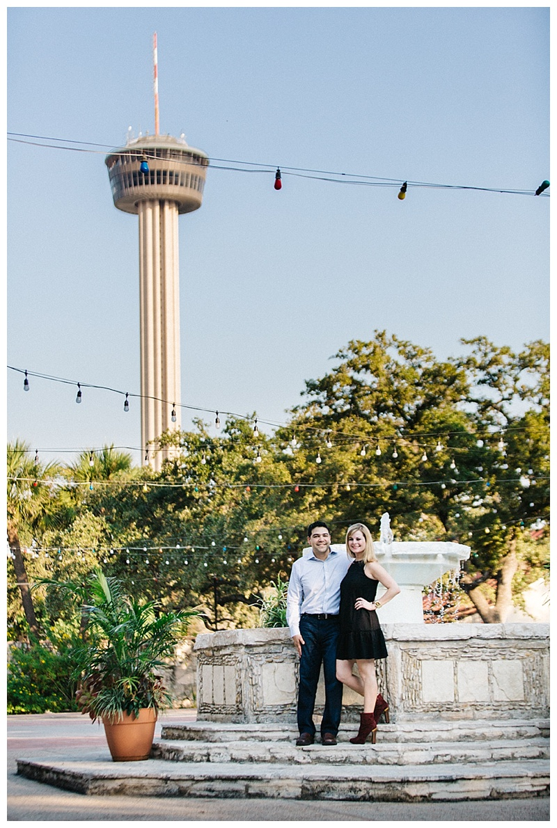 Tower of americas - engagement session