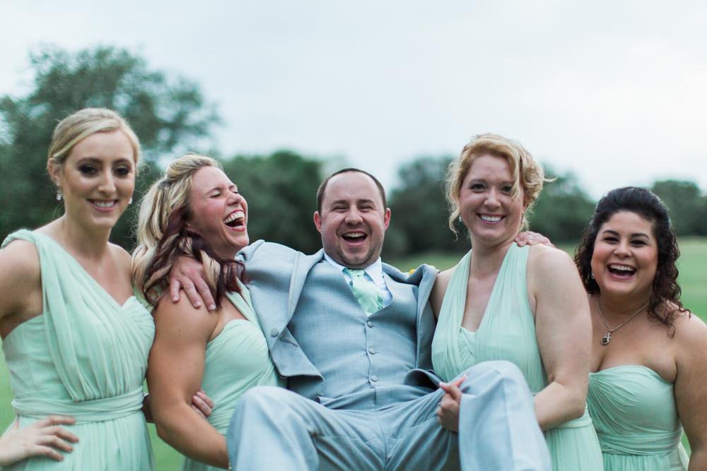 bridal party fun photos