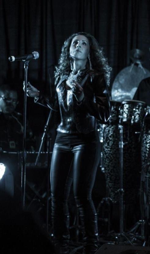 Nicole Sing.jpg
