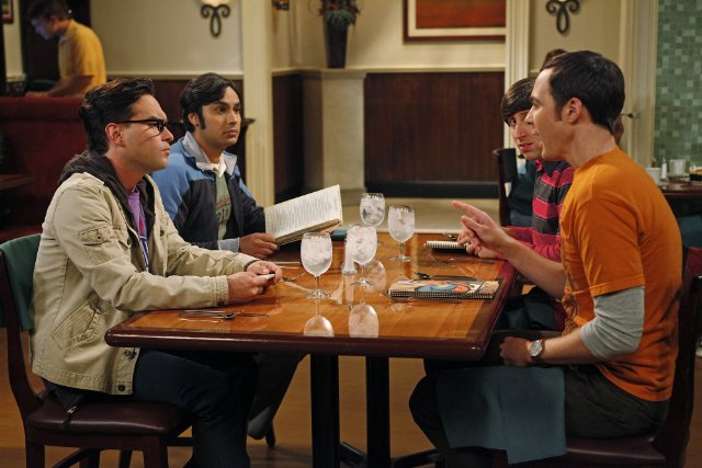 Sheldon using dice to make his life decisions