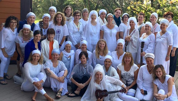 Midwest Women's Yoga Retreat 2016 Group Photo.jpg