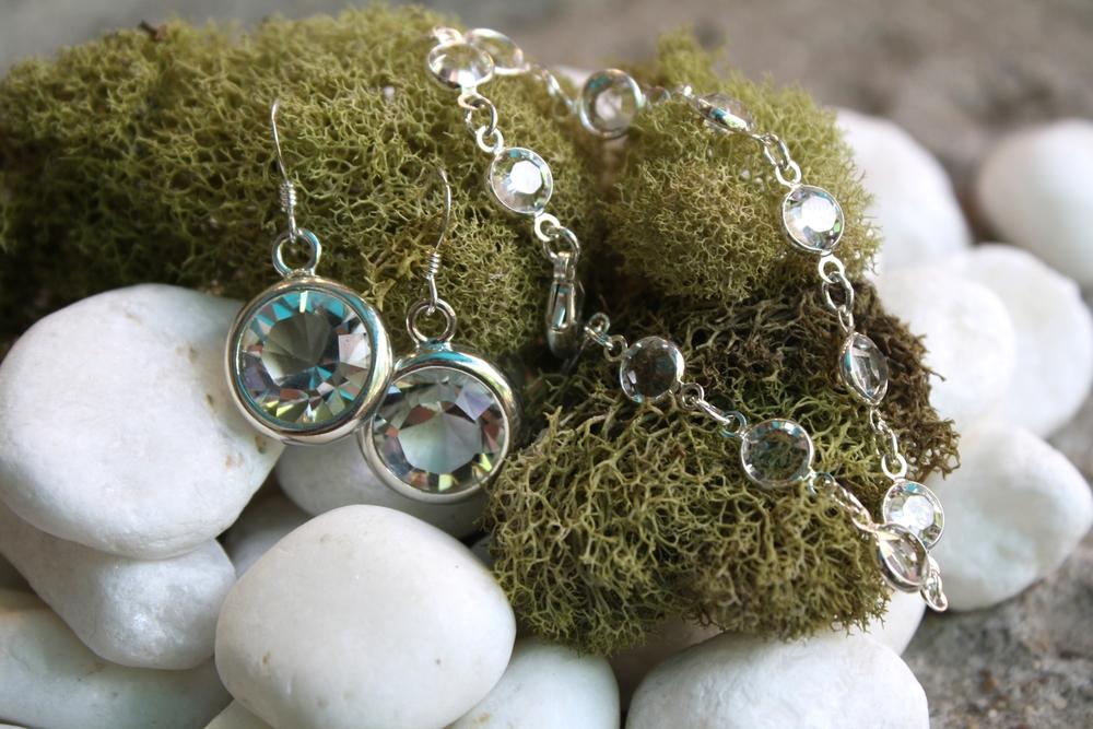 Bridesmaid Gifts Swarovksi Crystal SS Bracelet Earrings_04.JPG