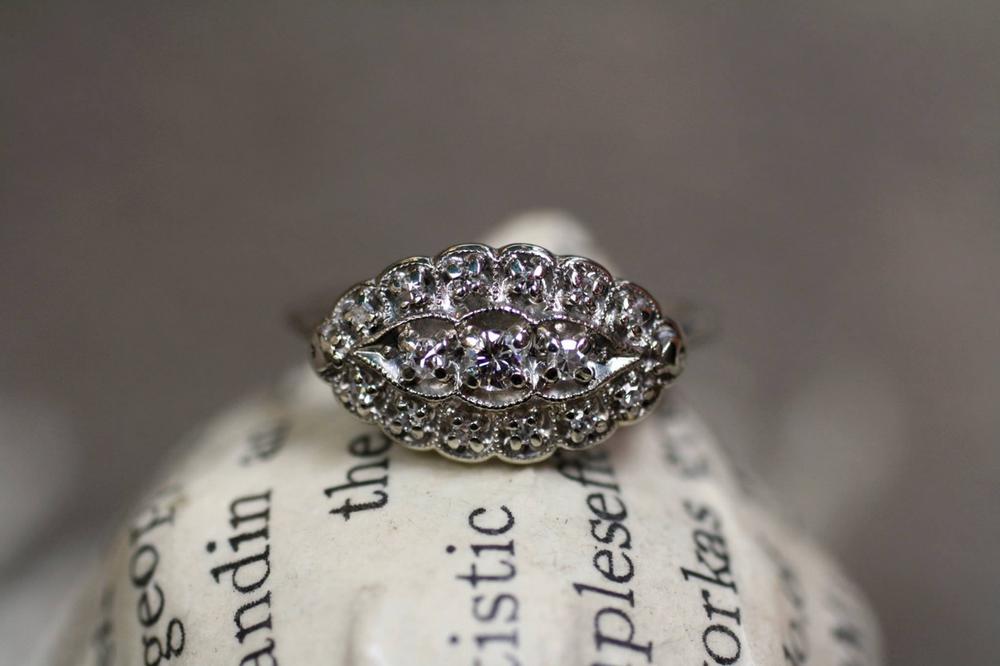 3+Diamond+Ring.png