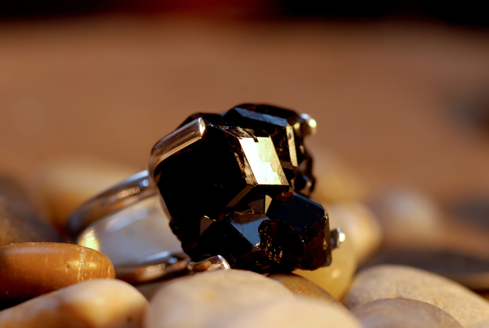 Black+Shiny+Druzy+Geode+SS+Rings_03.jpg